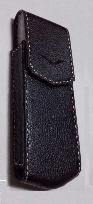 Bao da Vertu Signature S logo đen bóng
